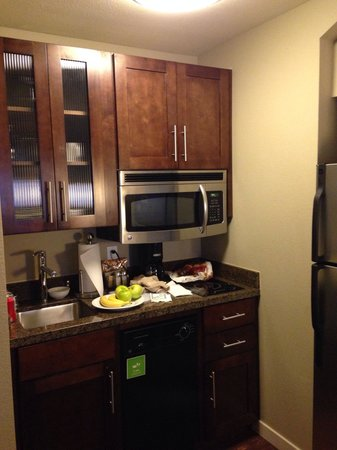 Hyatt House Seattle/Redmond : Mini kitchen