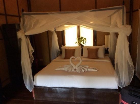 SriLanta Resort: bedroom