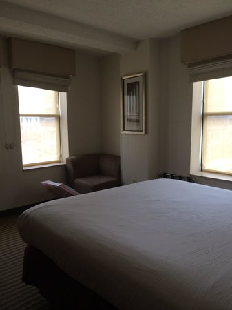 Comfort Inn Downtown DC / Convention Center: Corner Room