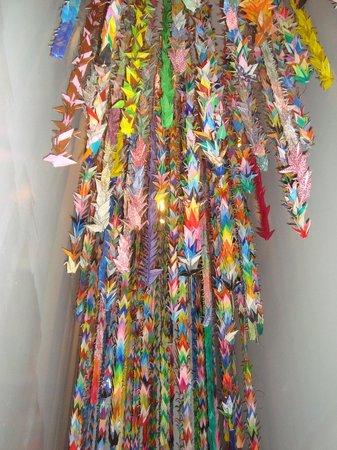9/11 Tribute Museum : 10,000 Origami Cranes