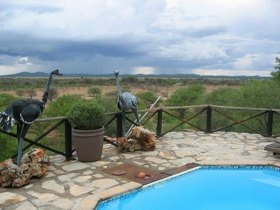 Toko Lodge & Safaris: View from the Pool area