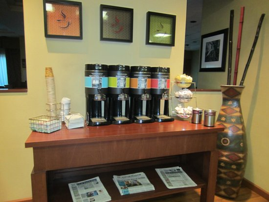 Hampton Inn by Hilton Guadalajara-Aeropuerto: coffee 24 hrs!