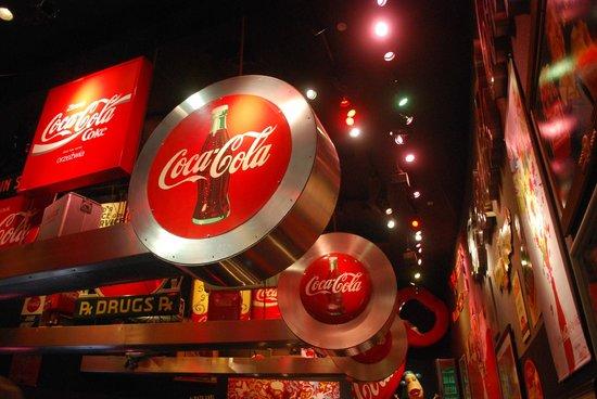 World of Coca-Cola : insegne