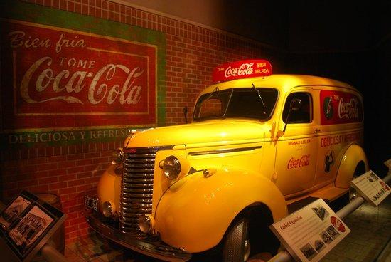World of Coca-Cola : furgone