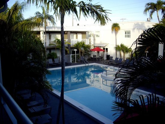 Best Western Hibiscus Motel : Pool area