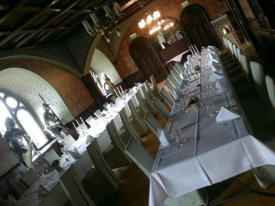 Hotel Schloss Schweinsburg: Rittersaal