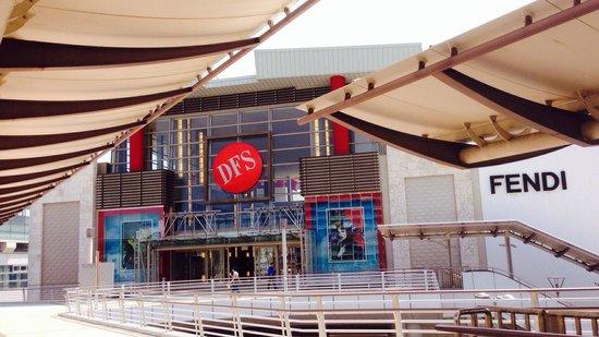 T Galleria By DFS, Okinawa: DFS Naha