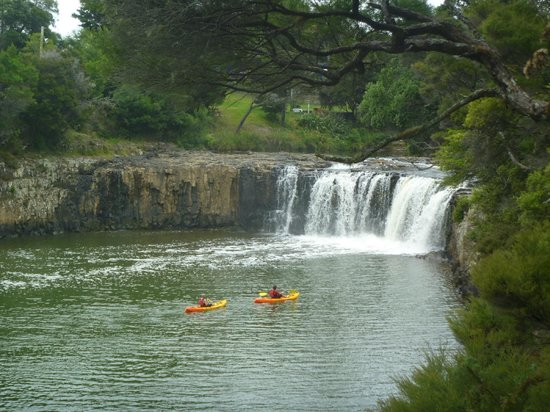 Haruru Falls I