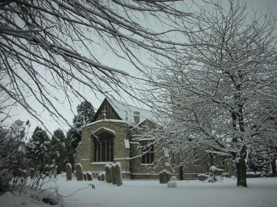 St Laurence Church: 2013 snow