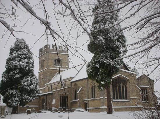 St Laurence Church: 2013 more beautiful snow