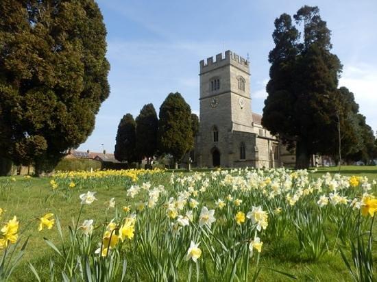 St Laurence Church: The teardrop garden