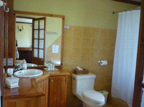 B&B Bellavista de Colchagua : Carmenere bathroom