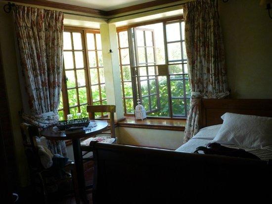 B&B Bellavista de Colchagua : Carmenere room - great big windows w/ a nice breeze