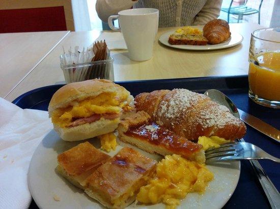 Holiday Inn Express Parma : Breakfast