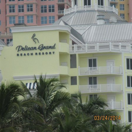 Pelican Grand Beach Resort, A Noble House Resort: Pelican Grand from beach