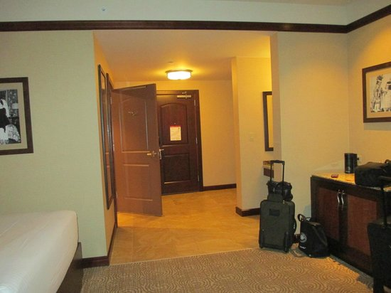 Downstream Casino Resort: As you can see these rooms are HUGE