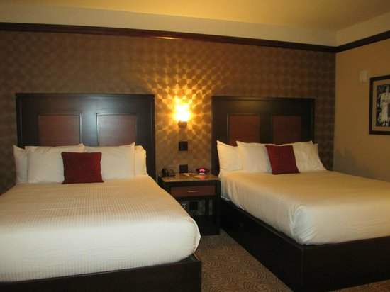 Downstream Casino Resort : room