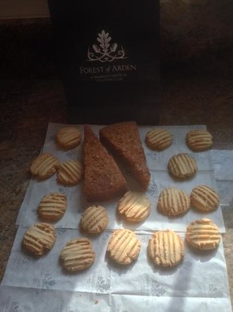 Marriott Forest of Arden Hotel & Country Club: mothers day doggy bag! Gluten  & dairy free biscuits made to take home by Christina Dugard, head
