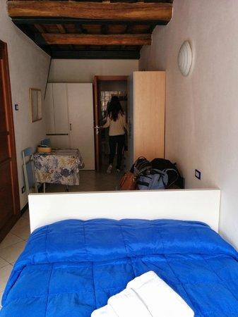 Case Vacanze Scorci Di Mare: Long room