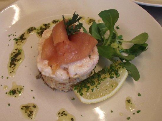 Hunters Lodge Inn: Seafood Stack