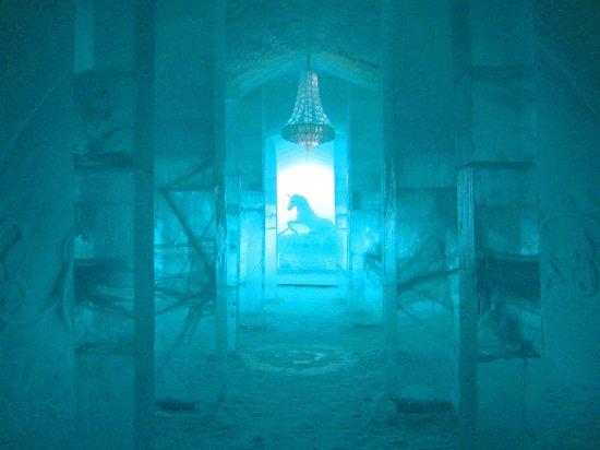 氷の家が涼しそう