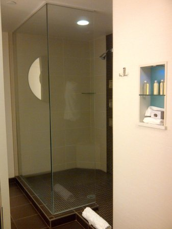 Northern Quest Resort & Casino: AWESOME Shower