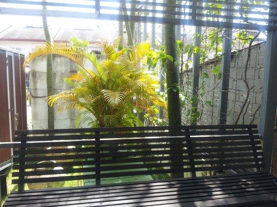Courtyard @ Heeren Boutique Hotel: Verandah