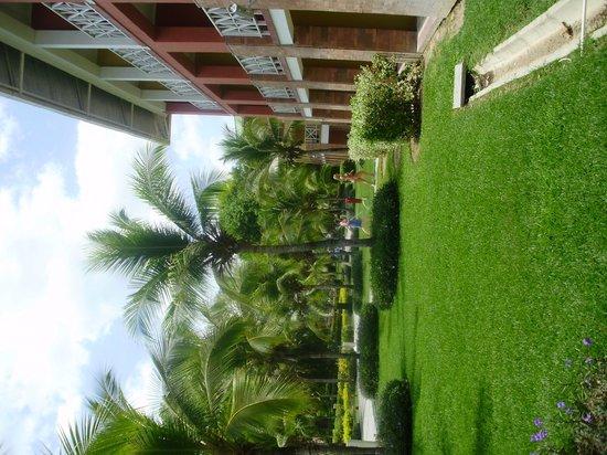 Royal Decameron Golf, Beach Resort & Villas : jardines
