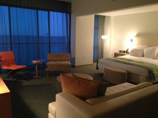 La Concha Renaissance San Juan Resort: Junior Suite