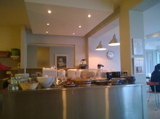 Guesthouse Sunna: Petit déjeuner