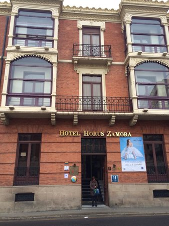 Hotel Horus Zamora : Fachada