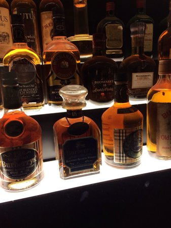 The Scotch Whisky Experience: Burberry whiskey - platinum tour