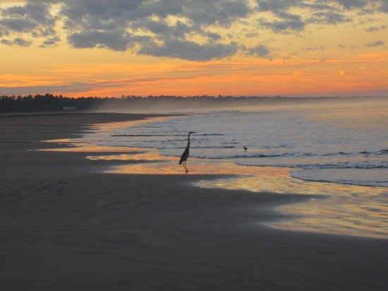Stone Island Hotel: Sunrise on the beach