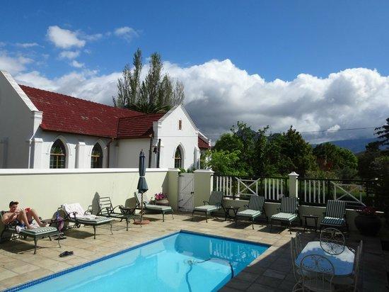 Residence Klein Oliphants Hoek: pool area