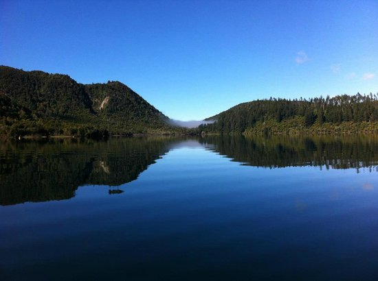 Rotorua Duck Tours : View from the duck on Blue Lake