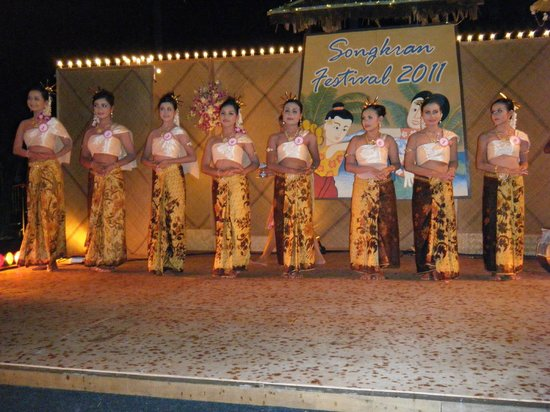Phi Phi Island Village Beach Resort : Passagem de ano Tailandesa