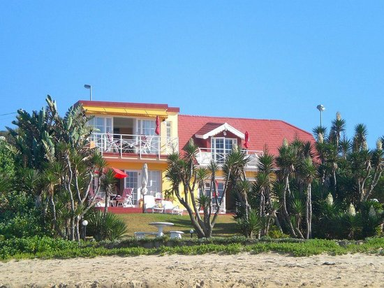Haus am Strand - On the Beach: The guest house from the beach