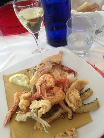 Pizza Amalia da Cris: frittura mista dell'Adriatico