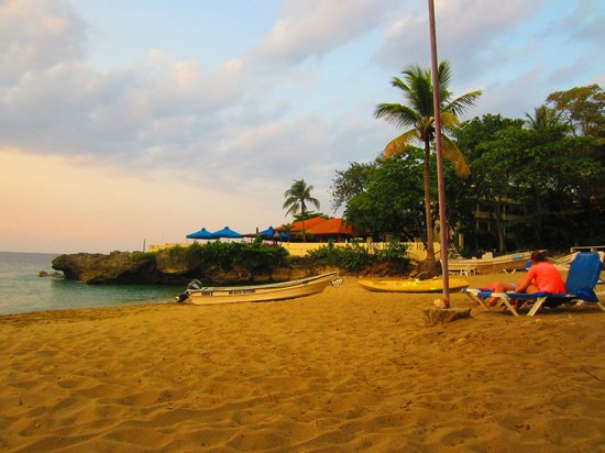 Casa Marina Beach & Reef: Resort beach
