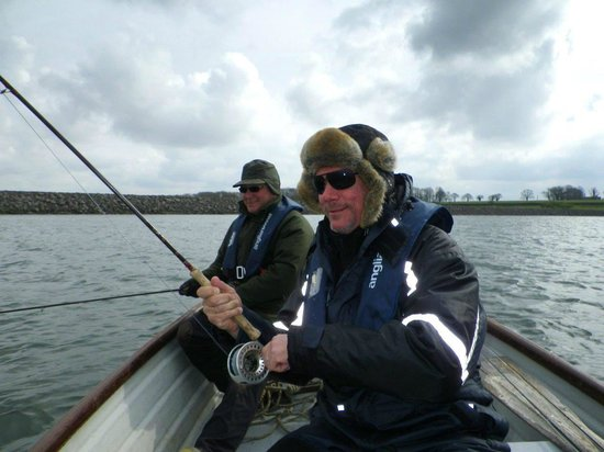 Rutland Water Fly Fishing - Day Trips: Warm as toast