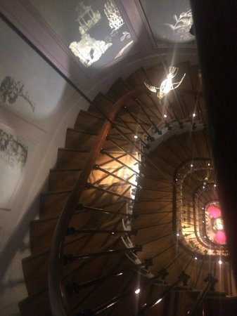 Hotel & Spa La Belle Juliette : Gorgeous Staircase