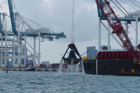 Ocean Force Adventures : dredging Miami Harbor