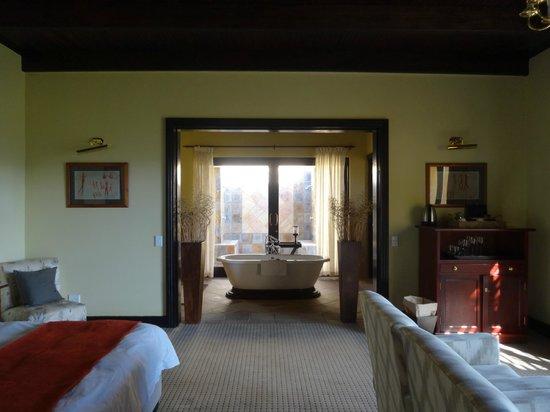 Sanbona Wildlife Reserve - Tilney Manor, Dwyka Tented Lodge, Gondwana Lodge: room