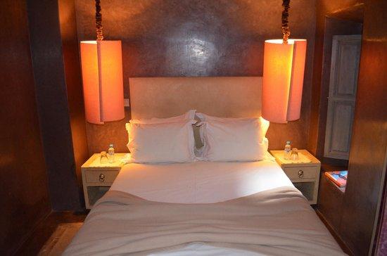 Riad Dar One : Bed
