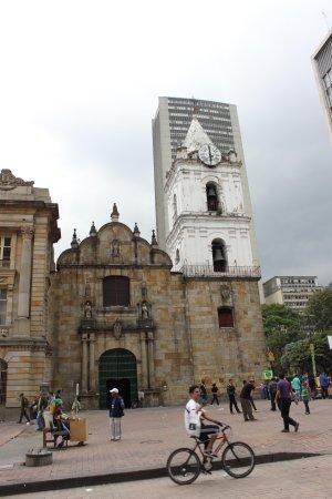 Barrio La Candelaria: Igreja São Francisco