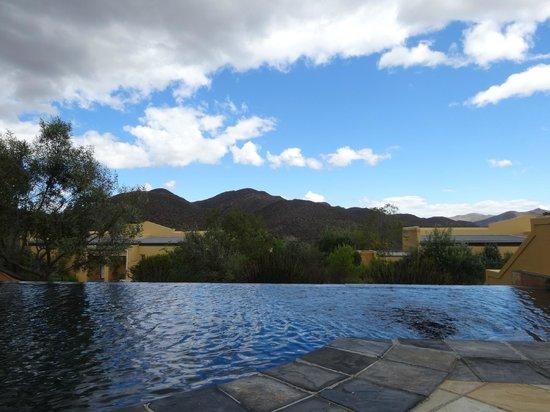 Sanbona Wildlife Reserve - Tilney Manor, Dwyka Tented Lodge, Gondwana Lodge: pool view