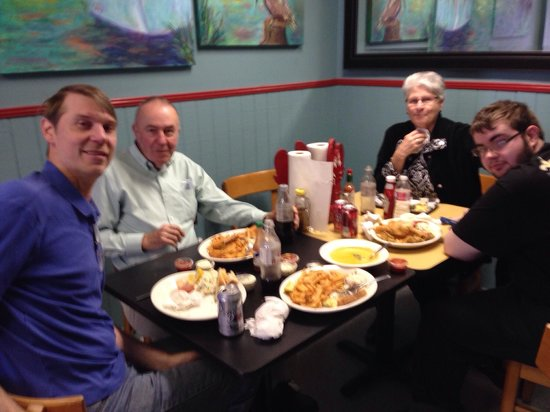 Bevi Seafood Co. : The family at Bevi's!!! Wonderful!!