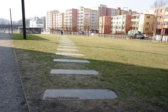 Insider Tour Berlin: Location of Stasi tunnel Bernauer Strasse