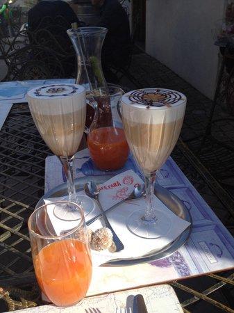 Cafe Fara: Their the best coffee!