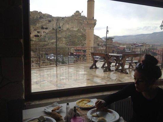 Hotel Cave Konak : en smule regnvejr ødelægger ikke den fantastiske natur